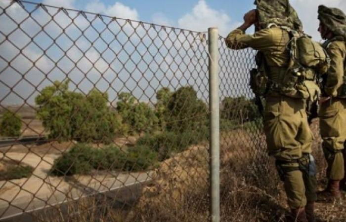 قنابل مضيئة وطائرة استطلاع إسرائيلية فوق بلدة الغجر