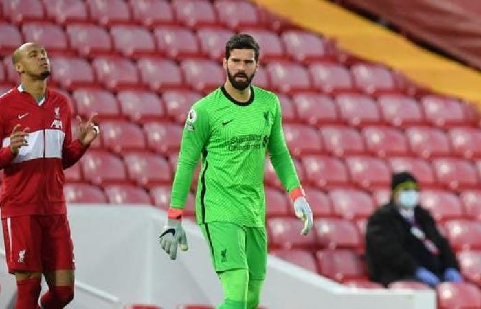 أليسون وفابينيو يعودان لصفوف ليفربول