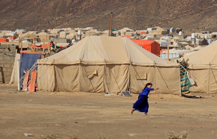 اليمن يرحب بفرض عقوبات أميركية على قيادات عسكرية حوثية