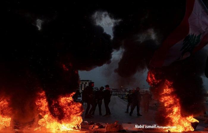 الاحتجاجات تعم المناطق اللبنانية
