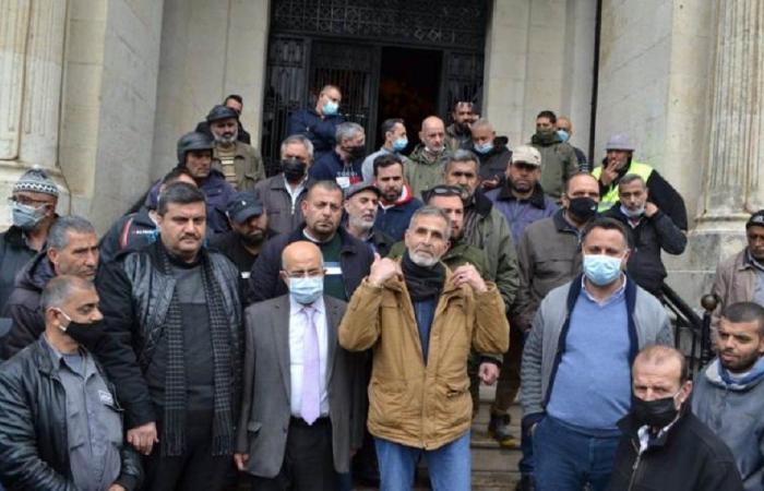 اعتصام تحذيري لعمال بلدية طرابلس