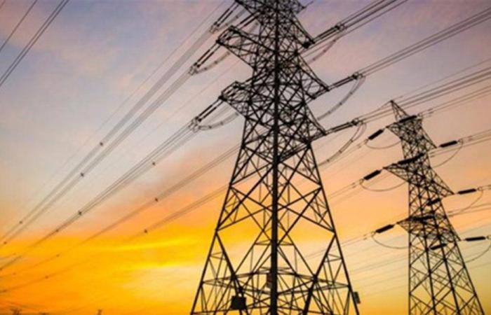 في عكار… سرقة أسلاك كهربائية وانقطاع الكهرباء!