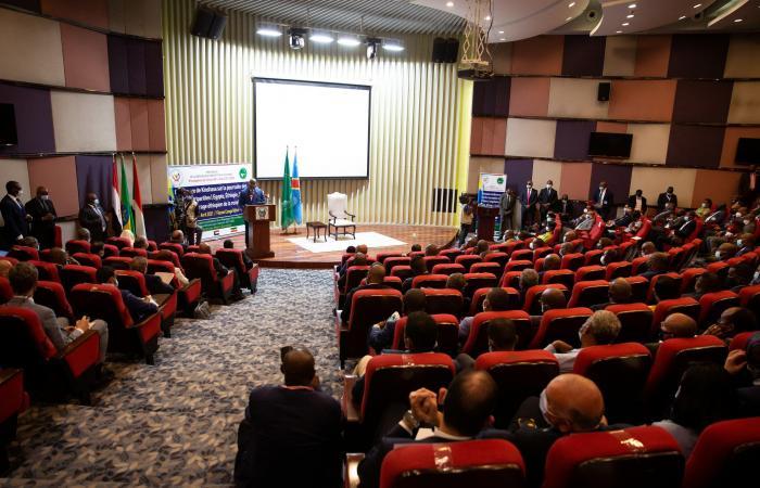 بلينكن يدعو في اتصال مع حمدوك لحل التصعيد مع إثيوبيا بالحوار