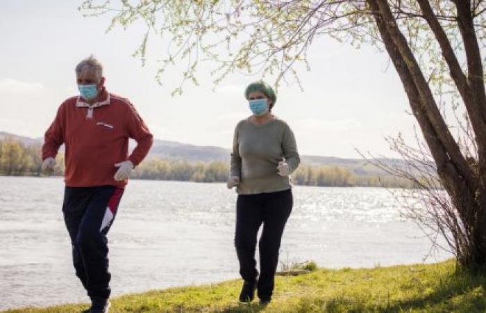المشي السريع والذاكرة.. دراسة تكشف علاقة مذهلة