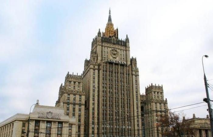 التشيك تطرد 18 دبلوماسياًروسياً بتهم التجسس