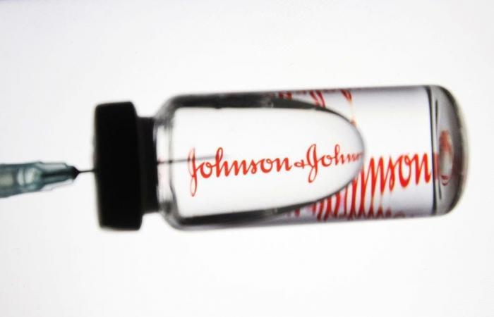 الأدوية الأوروبية تحسم الجدل: يوجد رابط بين لقاح جونسون وتجلط الدم