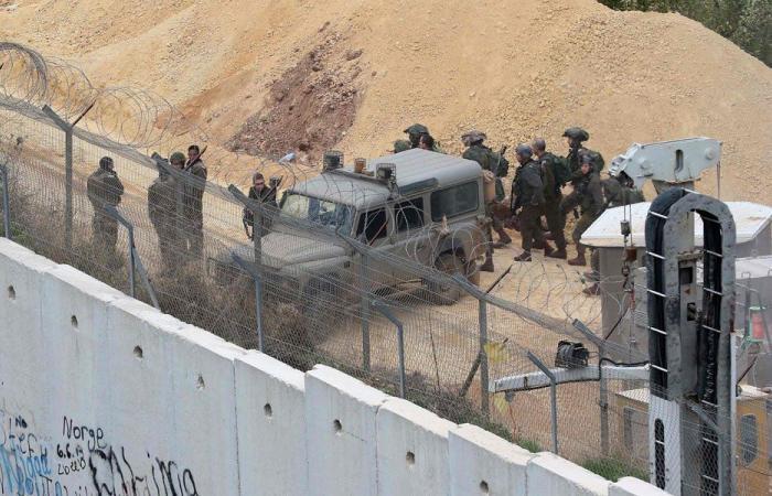 الجيش الاسرائيلي يقوم بعمليات حفر قبالة عديسة