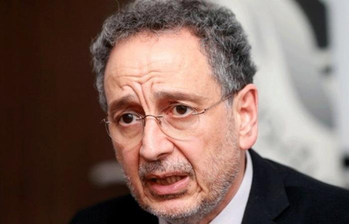 وزير الاقتصاد يسمح بتصدير باخرة قمح (صورة)