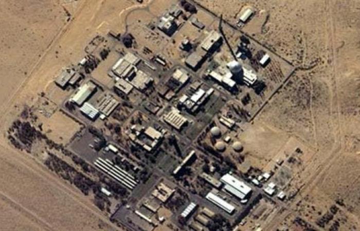 """صاروخ """"سوري طائش"""" كاد يسقط قرب مفاعل ديمونة.. وإسرائيل ترد"""