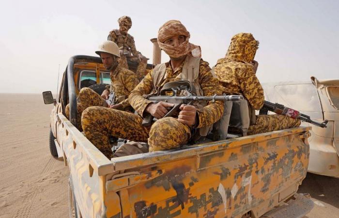 الجيش اليمني يسيطر على مواقع مهمة في أطراف مأرب