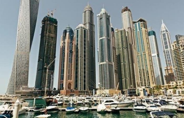 حكومة دبي تنفي إصدار تصاريح لمزاولة المقامرة
