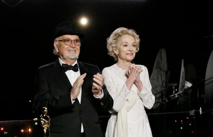 """فائزتان في أوسكار 2021.. وهوبكينز أفضل ممثل عن """"الأب"""""""