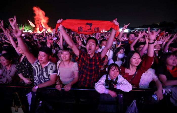 الصين تتجاوز كورونا! ..265 مليون رحلة في عطلة عيد العمال
