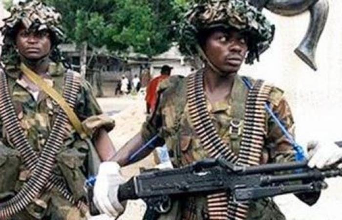 مقتل 16 عسكرياً وفقدان آخر في كمينغرب النيجر
