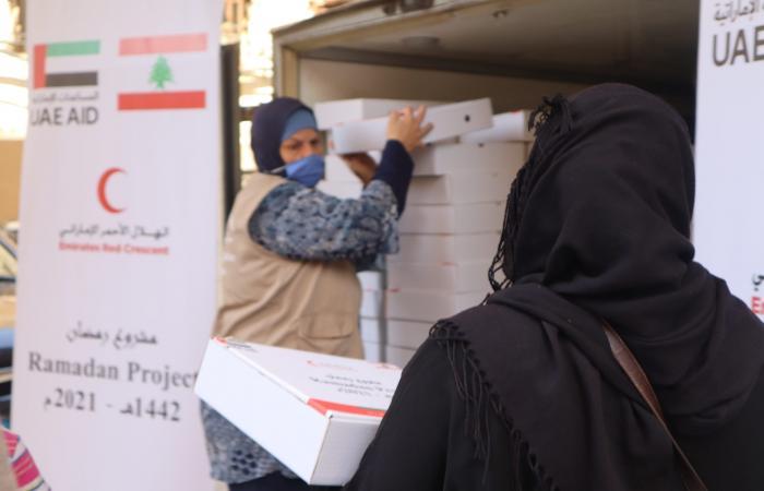 """مساعدات من """"الهلال الأحمر الإماراتي"""" للبنانيين"""