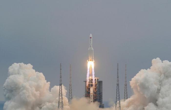 دولة عربية قد يسقط فوقها الصاروخ الصيني!