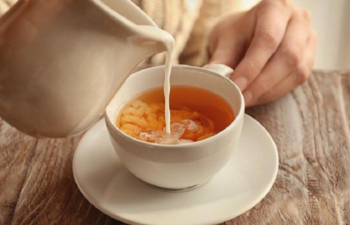 خطر الشاي مع الحليب… هذا ما كشفته طبيبة روسية
