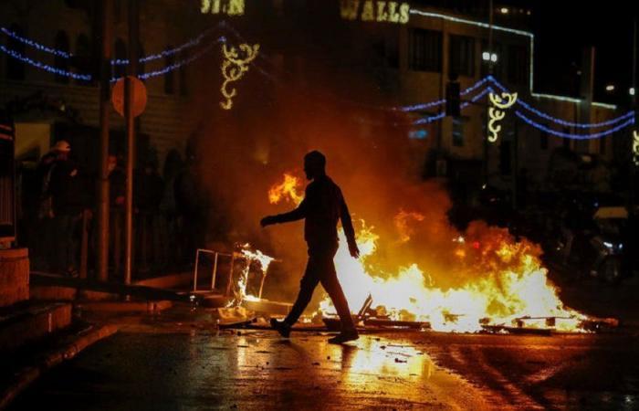 مسيرة جابت شوارع بيروت دعمًا للقدس