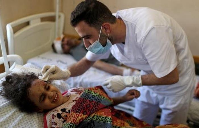 استهداف مبنى للصحة بغزة.. ودعوة دولية لحماية الطواقم الطبية
