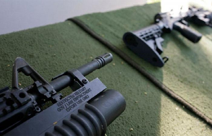 إلغاء الحظر على الأسلحة الهجومية في كاليفورنيا