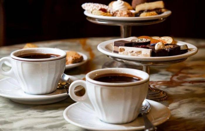 اللبناني قد يُحرم من القهوة… استهلاكها تراجع 40%!