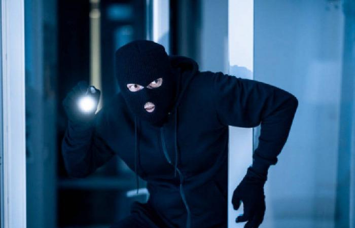 سرقة تابلو كهرباء إحدى المحطات في ضهر المغارة