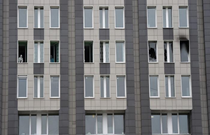 جهاز تنفس يتسبب بحريق بمستشفى روسي لمرضى كورونا.. ومقتل 3
