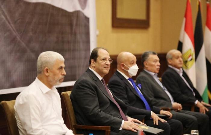 وفدا حماس وفتح يعقدان اليوم اجتماعات منفصلة بالقاهرة