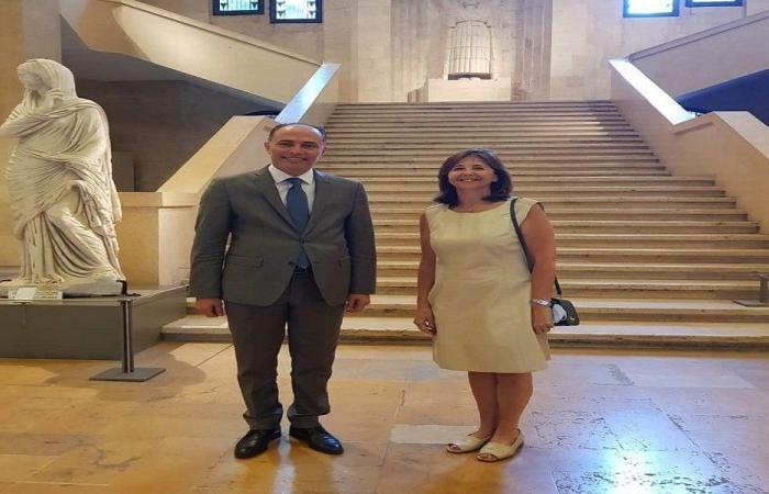 سفير تونس جال في المتحف الوطني