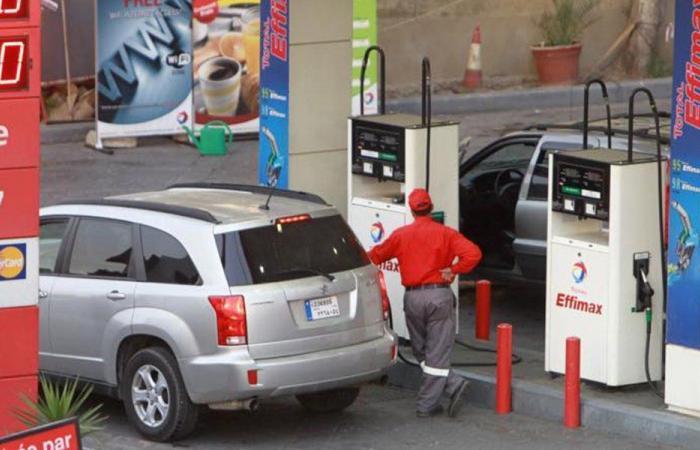 """إيران تُرسي معادلة """"النفط"""" ولغز """"الدفع عاللبناني"""""""