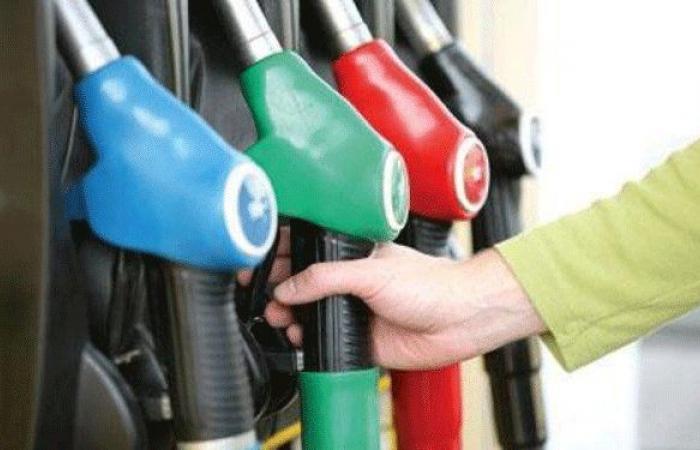 في الهلالية.. اشكال أمام محطة بسبب البنزين!