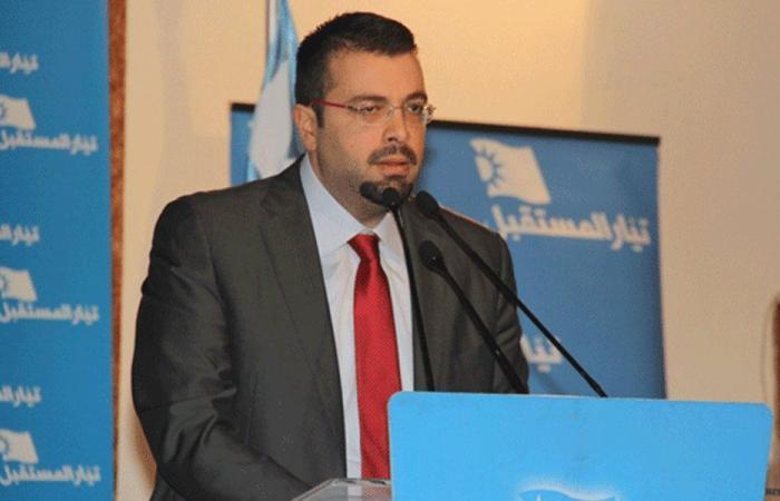 أحمد الحريري: هذا هو تعريف الإنفصام السياسي!