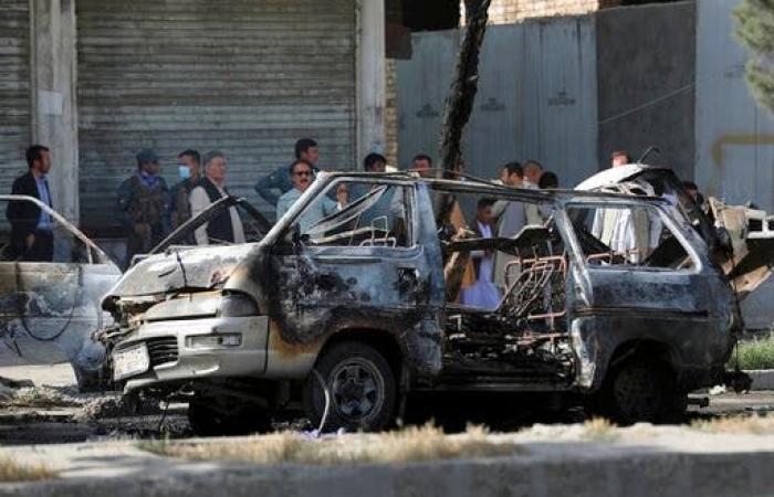 العنف في أفغانستان.. 7 قتلى بتفجير حافلتي ركاب