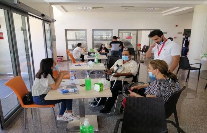 افتتاح مركز التلقيح ضد كورونا في المستشفى التركي بصيدا
