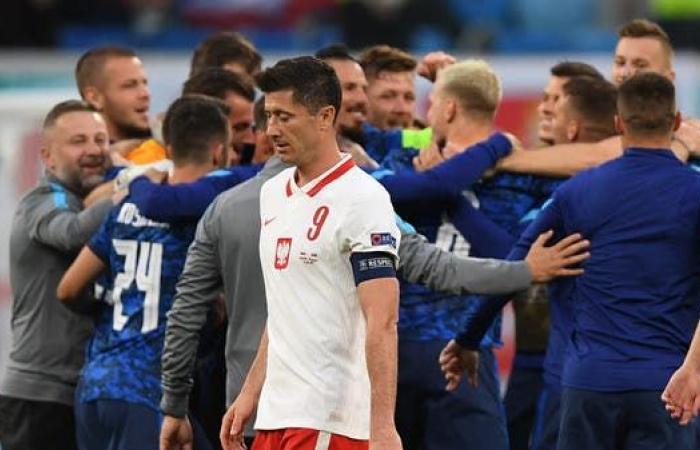 ليفاندوفسكي: بولندا في موقف صعب