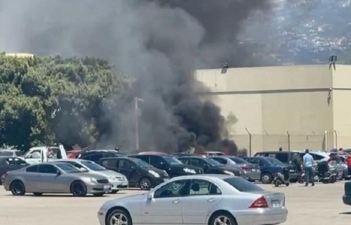 احتراق عدد من السيارات لموظفي مطار بيروت (فيديو)