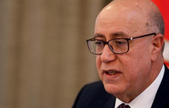 """المركزي التونسي يحث علىالإصلاحات بعد خفض """"فيتش"""" تصنيف البلاد"""