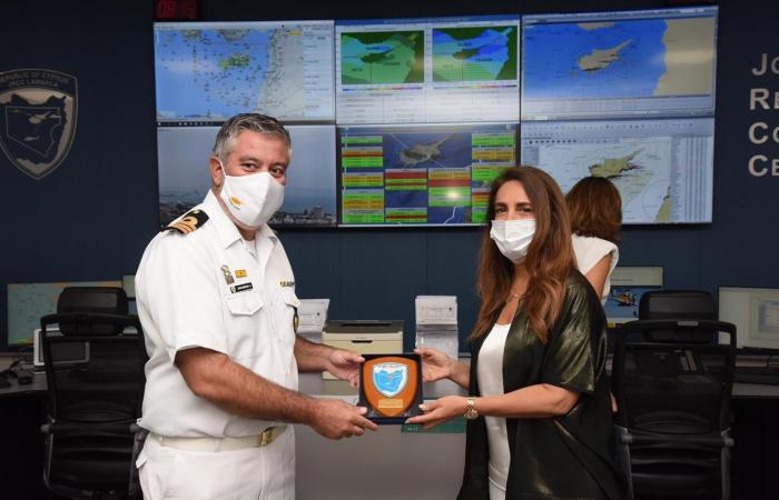 عكر اختتمت زيارتها إلى قبرص بتفقد مركز البحث والإنقاذ