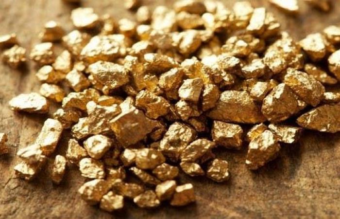 مصر توقع 4 عقود للبحث عن الذهب مع ثاني أكبر شركة عالمياً