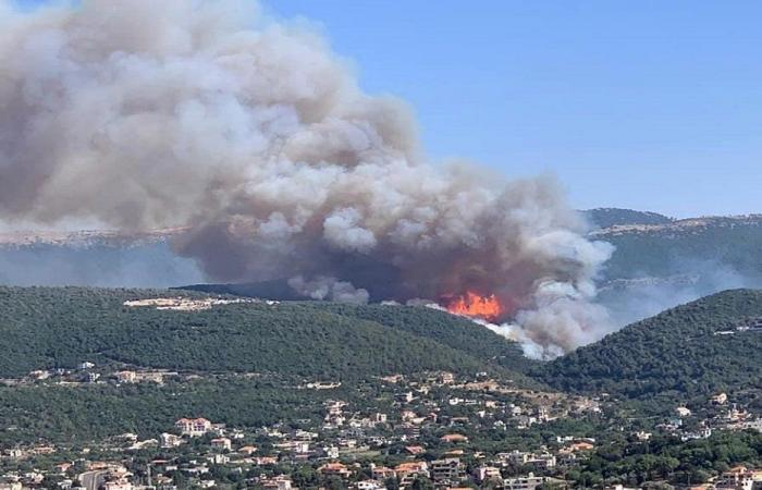 بلدية البيره: شباب البلدة والشرطة البلدية يشاركون بإخماد الحرائق