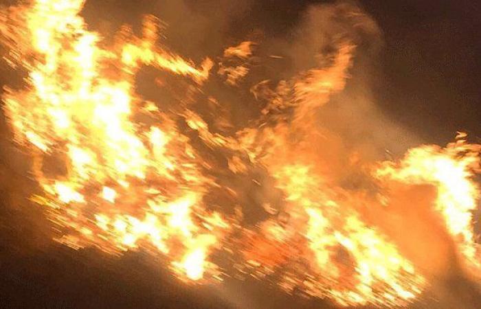 إخماد حريق الدبشة في النبطية