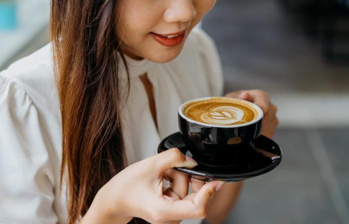 لمزيد من اليقظة.. إليك الوقت المثالي لتناول كوب قهوتك؟