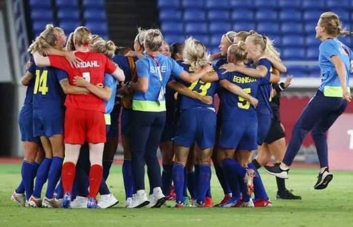 السويد تلحق بكندا في نهائي كرة القدم للسيدات