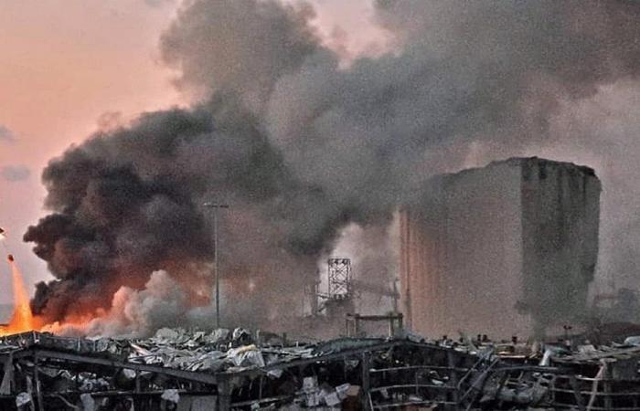 """زلزال 4 آب هزّ العالم… و""""أصنام"""" السلطة """"في غير عالم"""""""