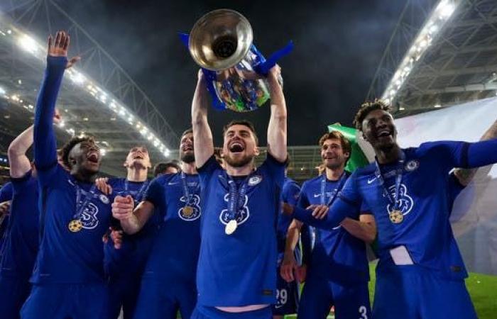 الإيطالي جورجينيو أفضل لاعب في أوروبا