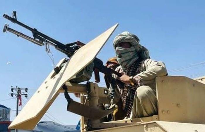 طالبان: نحمي المدنيين خارج مطار كابل.. ونواجه تهديدات أيضا!