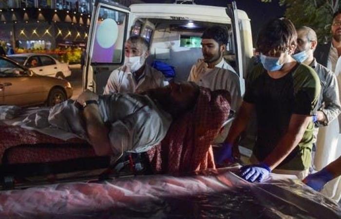سيناريو هجوم كابل.. انتحاري تخفى بين الحشود ليقترب من الجنود