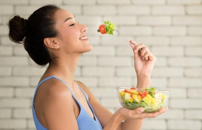 ماذا يحصل لأجسامنا إذا تناولنا وجبة واحدة في اليوم؟