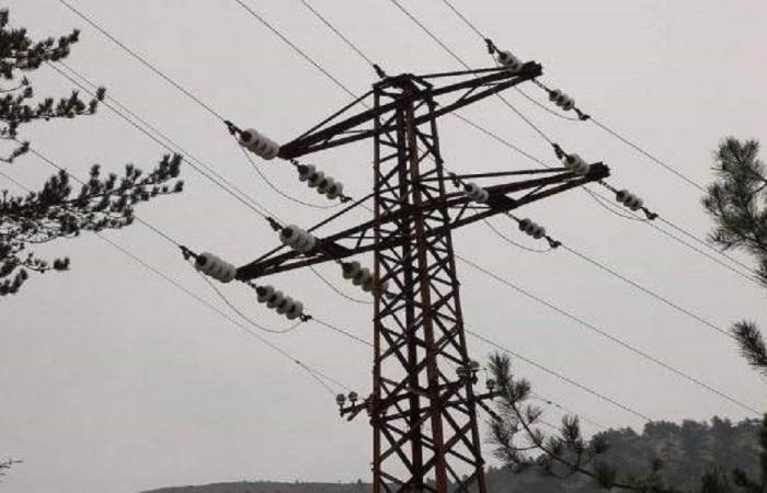 بلدية تعيد الكهرباء إلى منازل سكانها على نفقتها الخاصة