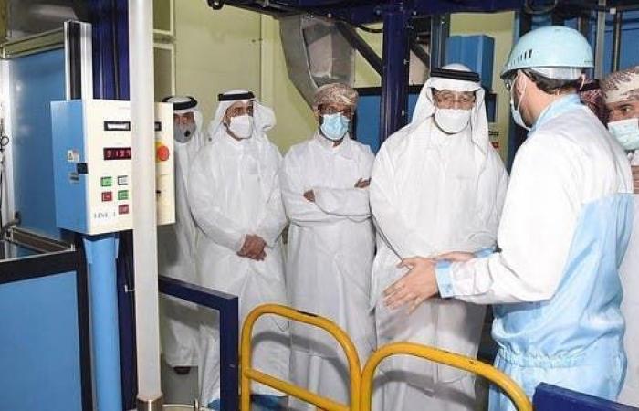 """وزير الاستثمار السعودي يزور """"مدائن"""" الصناعية العمانية"""